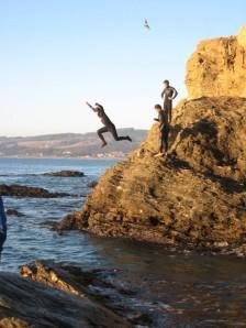 Pichilemu atrai turistas e surfistas.