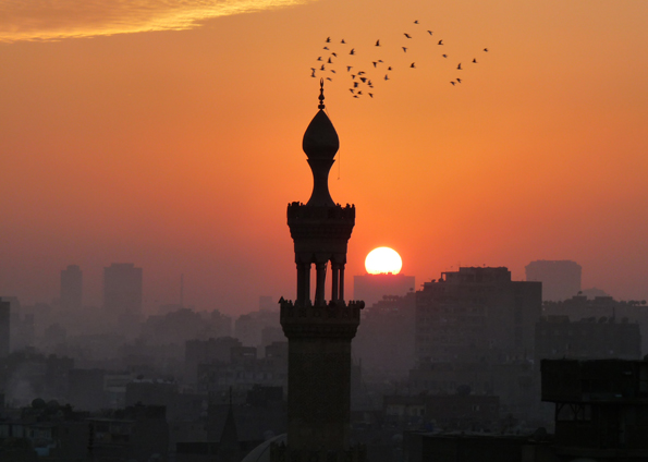 Pôr-do-sol na cidade do Cairo, capital do Egito